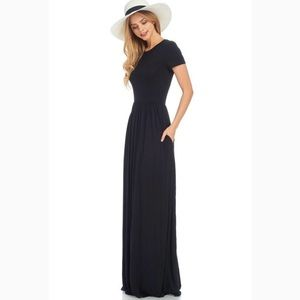 Dresses & Skirts - Short Sleeve Black Maxi Dress
